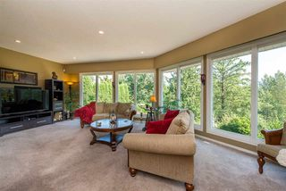 """Photo 3: 10030 KENSWOOD Drive in Chilliwack: Little Mountain House for sale in """"Mt. Shannon Estates"""" : MLS®# R2395300"""