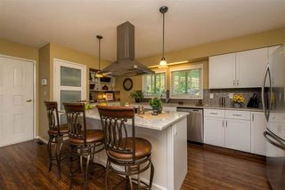"""Photo 5: 10030 KENSWOOD Drive in Chilliwack: Little Mountain House for sale in """"Mt. Shannon Estates"""" : MLS®# R2395300"""