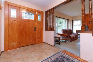 Photo 3: 3901 Lexington Ave in VICTORIA: SE Arbutus House for sale (Saanich East)  : MLS®# 835431