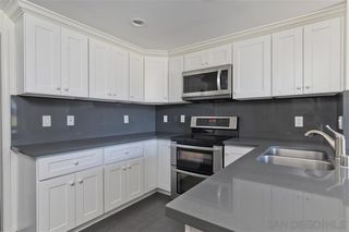 Photo 3: UNIVERSITY CITY Townhome for sale : 2 bedrooms : 8025 Via San Saba in San Diego