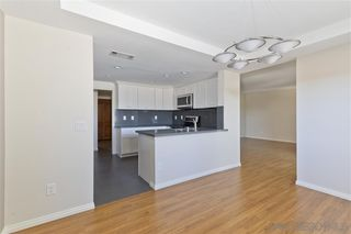 Photo 11: UNIVERSITY CITY Townhome for sale : 2 bedrooms : 8025 Via San Saba in San Diego
