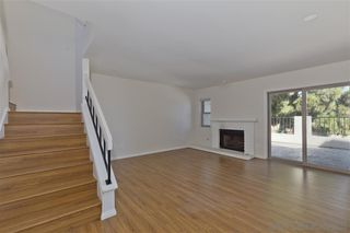Photo 4: UNIVERSITY CITY Townhome for sale : 2 bedrooms : 8025 Via San Saba in San Diego