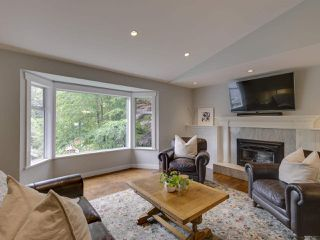 Photo 17: 3751 ROBLIN Place in North Vancouver: Princess Park House for sale : MLS®# R2485057
