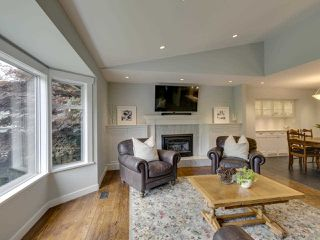 Photo 16: 3751 ROBLIN Place in North Vancouver: Princess Park House for sale : MLS®# R2485057