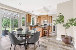 Photo 3: 16866 GREENWAY Drive in Surrey: Fleetwood Tynehead House for sale : MLS®# R2494395