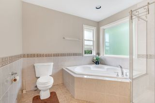 Photo 19: 16866 GREENWAY Drive in Surrey: Fleetwood Tynehead House for sale : MLS®# R2494395