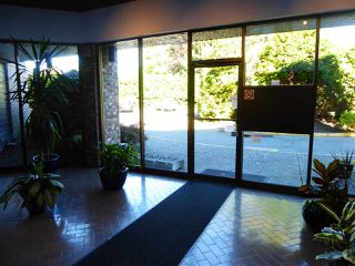 "Photo 4: 109 10631 NO. 3 Road in Richmond: Broadmoor Condo for sale in ""ADMIRAL WALK"" : MLS®# R2502949"