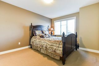 """Photo 13: 35 8418 163 Street in Surrey: Fleetwood Tynehead Townhouse for sale in """"MAPLE ON 84"""" : MLS®# R2508111"""