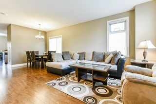"""Photo 5: 35 8418 163 Street in Surrey: Fleetwood Tynehead Townhouse for sale in """"MAPLE ON 84"""" : MLS®# R2508111"""