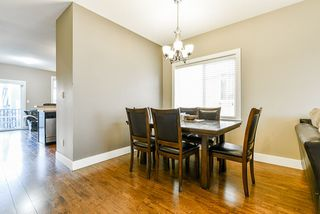 """Photo 8: 35 8418 163 Street in Surrey: Fleetwood Tynehead Townhouse for sale in """"MAPLE ON 84"""" : MLS®# R2508111"""