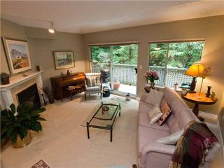 "Photo 2: 3944 INDIAN RIVER Drive in North Vancouver: Indian River Townhouse for sale in ""HIGHGATE TERRACE"" : MLS®# V875032"