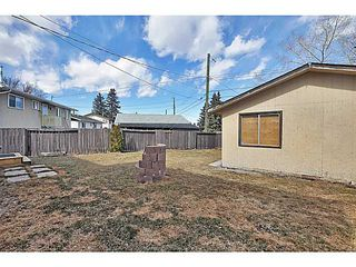 Photo 17: 1328 PENNSBURG Road SE in CALGARY: Penbrooke Residential Detached Single Family for sale (Calgary)  : MLS®# C3609247