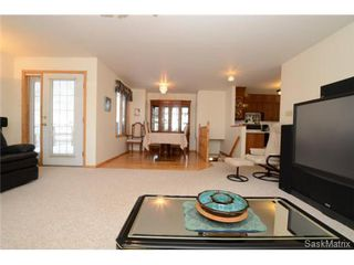Photo 10: 22 MCKELL Bay in Regina: Uplands Single Family Dwelling for sale (Regina Area 01)  : MLS®# 501273