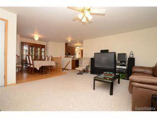 Photo 8: 22 MCKELL Bay in Regina: Uplands Single Family Dwelling for sale (Regina Area 01)  : MLS®# 501273