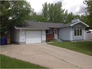 Photo 3: 22 MCKELL Bay in Regina: Uplands Single Family Dwelling for sale (Regina Area 01)  : MLS®# 501273