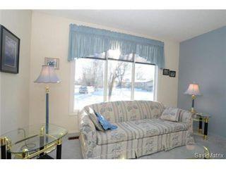 Photo 12: 22 MCKELL Bay in Regina: Uplands Single Family Dwelling for sale (Regina Area 01)  : MLS®# 501273