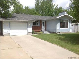 Photo 1: 22 MCKELL Bay in Regina: Uplands Single Family Dwelling for sale (Regina Area 01)  : MLS®# 501273