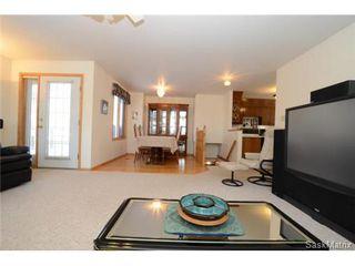 Photo 11: 22 MCKELL Bay in Regina: Uplands Single Family Dwelling for sale (Regina Area 01)  : MLS®# 501273