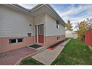 Photo 2: 11736 CANFIELD Road SW in Calgary: Canyon Meadows Half Duplex for sale : MLS®# C3639691