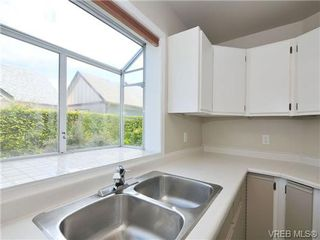 Photo 10: 1 9855 Resthaven Dr in SIDNEY: Si Sidney North-East Row/Townhouse for sale (Sidney)  : MLS®# 689194