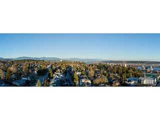 "Photo 5: 1601 258 SIXTH Street in New Westminster: Uptown NW Condo for sale in ""258 CONDOS"" : MLS®# V1099073"