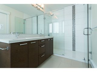 "Photo 16: 1601 258 SIXTH Street in New Westminster: Uptown NW Condo for sale in ""258 CONDOS"" : MLS®# V1099073"