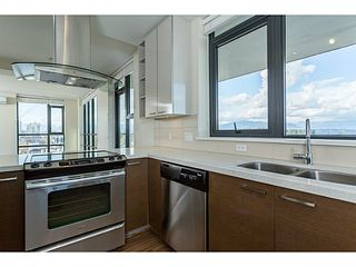 "Photo 13: 1601 258 SIXTH Street in New Westminster: Uptown NW Condo for sale in ""258 CONDOS"" : MLS®# V1099073"
