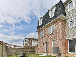 Photo 11: 28 Vanhorne Close in Brampton: Northwest Brampton House (3-Storey) for sale : MLS®# W3281495