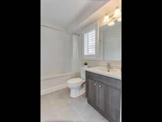 Photo 16: 28 Vanhorne Close in Brampton: Northwest Brampton House (3-Storey) for sale : MLS®# W3281495