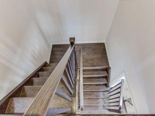 Photo 6: 28 Vanhorne Close in Brampton: Northwest Brampton House (3-Storey) for sale : MLS®# W3281495