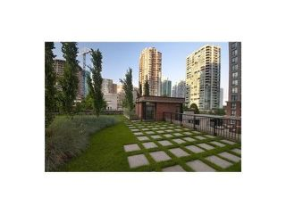 Photo 9: 1607 928 HOMER Street in Vancouver: Yaletown Condo for sale (Vancouver West)  : MLS®# V1140674