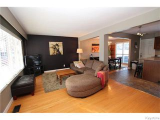 Photo 2: 93 Woodbury Drive in WINNIPEG: St Vital Residential for sale (South East Winnipeg)  : MLS®# 1531097