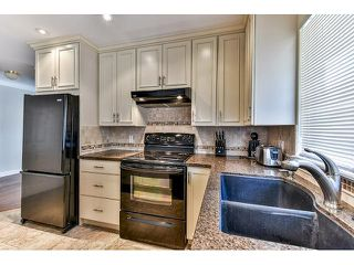 "Photo 7: 146 15501 89A Avenue in Surrey: Fleetwood Tynehead Townhouse for sale in ""AVONDALE"" : MLS®# R2058402"
