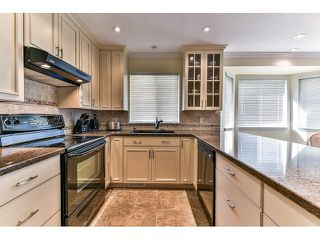 "Photo 10: 146 15501 89A Avenue in Surrey: Fleetwood Tynehead Townhouse for sale in ""AVONDALE"" : MLS®# R2058402"