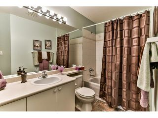 "Photo 13: 146 15501 89A Avenue in Surrey: Fleetwood Tynehead Townhouse for sale in ""AVONDALE"" : MLS®# R2058402"