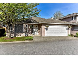 "Photo 1: 146 15501 89A Avenue in Surrey: Fleetwood Tynehead Townhouse for sale in ""AVONDALE"" : MLS®# R2058402"