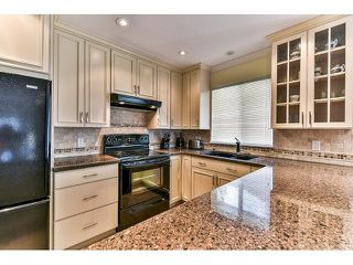 "Photo 8: 146 15501 89A Avenue in Surrey: Fleetwood Tynehead Townhouse for sale in ""AVONDALE"" : MLS®# R2058402"