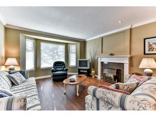 "Photo 3: 146 15501 89A Avenue in Surrey: Fleetwood Tynehead Townhouse for sale in ""AVONDALE"" : MLS®# R2058402"