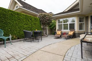 Photo 5: 129 15500 ROSEMARY HEIGHTS Crescent in Surrey: Morgan Creek Townhouse for sale (South Surrey White Rock)  : MLS®# R2070458