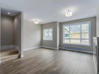"Photo 9: 402 1405 DAYTON Street in Coquitlam: Burke Mountain Townhouse for sale in ""ERICA"" : MLS®# R2104156"