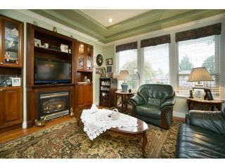 Photo 5: 4253 FRANCES Street in Burnaby: Willingdon Heights House for sale (Burnaby North)  : MLS®# R2130460