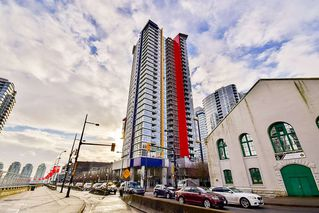 """Main Photo: 3208 602 CITADEL PARADE in Vancouver: Downtown VW Condo for sale in """"SPECTRUM"""" (Vancouver West)  : MLS®# R2130526"""