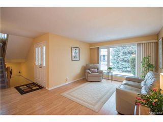 Photo 3: 147 Alburg Drive in Winnipeg: River Park South Residential for sale (2F)  : MLS®# 1703172