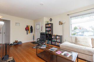 Photo 3: 2858 Scott St in VICTORIA: Vi Oaklands Single Family Detached for sale (Victoria)  : MLS®# 752519