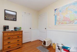 Photo 11: 2858 Scott St in VICTORIA: Vi Oaklands Single Family Detached for sale (Victoria)  : MLS®# 752519