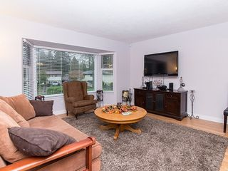 Photo 6: 9127 146A Street in Surrey: Bear Creek Green Timbers House for sale : MLS®# R2147099