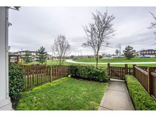 """Photo 2: 105 19505 68A Avenue in Surrey: Clayton Townhouse for sale in """"Clayton Rise"""" (Cloverdale)  : MLS®# R2147610"""