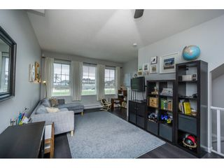 """Photo 9: 105 19505 68A Avenue in Surrey: Clayton Townhouse for sale in """"Clayton Rise"""" (Cloverdale)  : MLS®# R2147610"""
