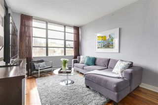 "Photo 2: 405 2828 YEW Street in Vancouver: Kitsilano Condo for sale in ""The Bel Air"" (Vancouver West)  : MLS®# R2150070"