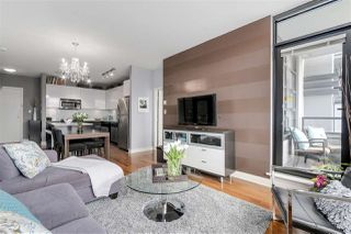 "Photo 3: 405 2828 YEW Street in Vancouver: Kitsilano Condo for sale in ""The Bel Air"" (Vancouver West)  : MLS®# R2150070"